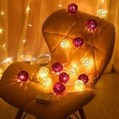 """Гірлянда ротангові кулі """"Фіолетові + білі"""", 40 ламп, 6 м. на батарейках"""