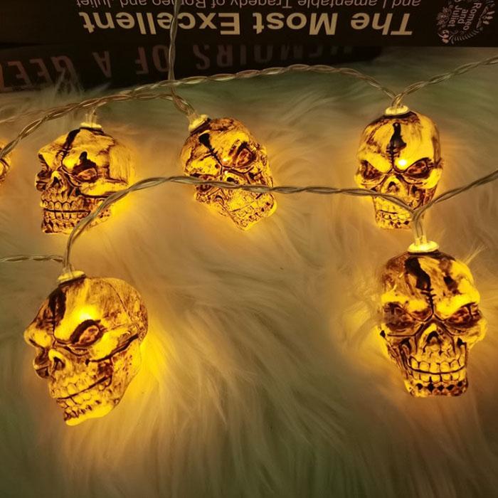 "Гирлянда на Хэллоуин ""Черепа коричневые"", 1,5 м. 10 led, теплый белый, на батарейках"