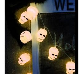 """Гирлянда на Хэллоуин """"Черепа белые"""", 1,5 м. 10 led, теплый белый, на батарейках"""