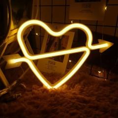 """Настенный LED декор """"Неоновое сердце со стрелой"""", теплый белый, батарейки / USB"""