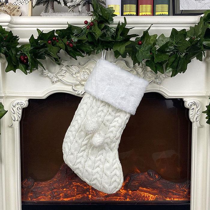 Рождественский носок вязаный белый - 40 см