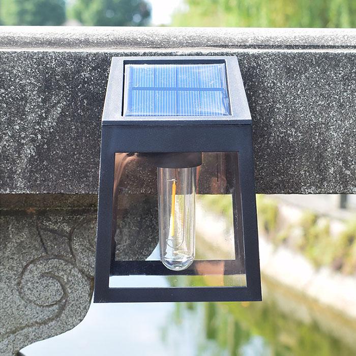Два настенных ретро светильника, на солнечной батарее