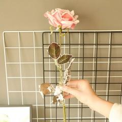 Ветка роза снежная розовая 65 см