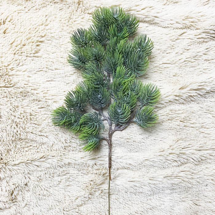 Ветка сосна с напылением 38 см