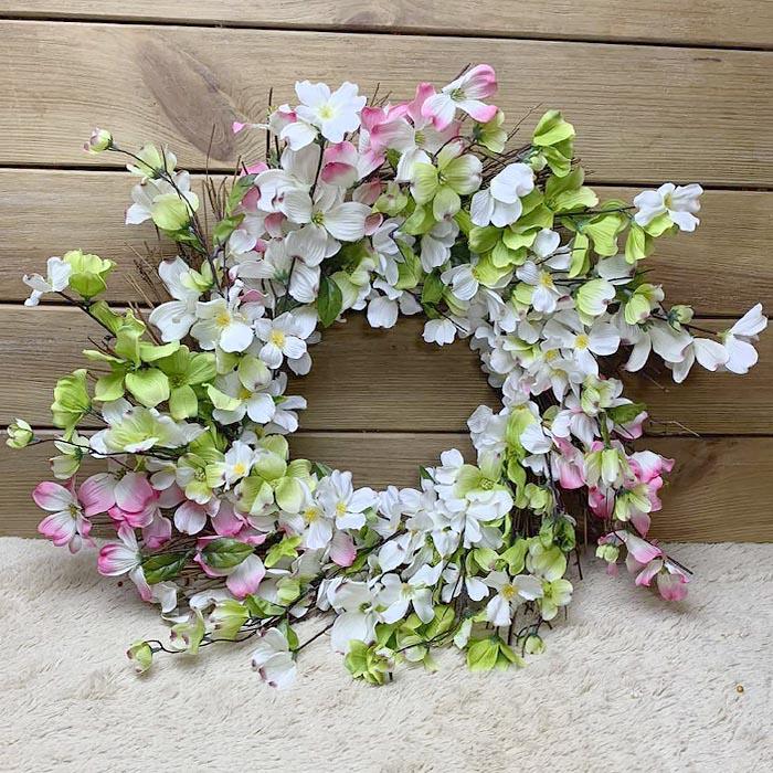 Венок с  цветочками 50 см