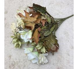 Букет хризантемы с лилиями