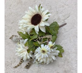 Букетик хризантемы, подсолнух кремовый