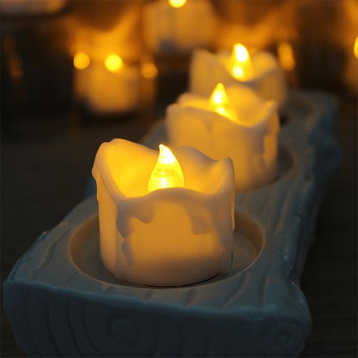 """Набор """"12 свечей с потеками, пульт д/у"""""""