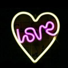 """Настенный LED декор """"Неоновое сердце, Love"""", батарейки / USB"""