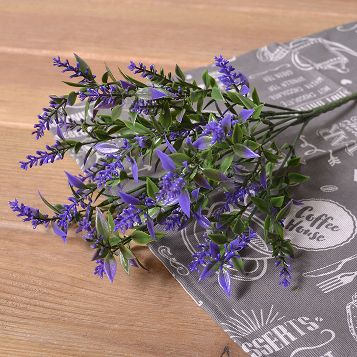 Букет лаванда с листиками - синяя