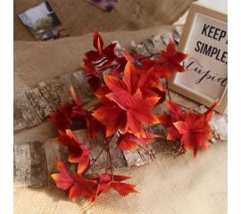 Ветка лист клена премиум - красная