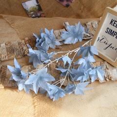 Ветка лист клена премиум - голубая